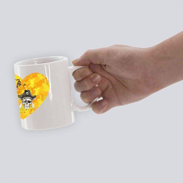 TAZA PIRATAS 1 CORAZON HAND